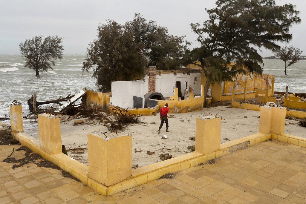La brèche / Bouleversement dans la zone littorale de Saint-Louis du Sénégal